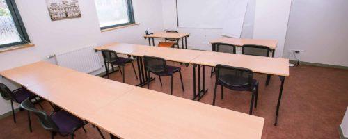 Salle de reunion disponible a Lyon part Dieu - SYDNEY disponible pour maximum personnes