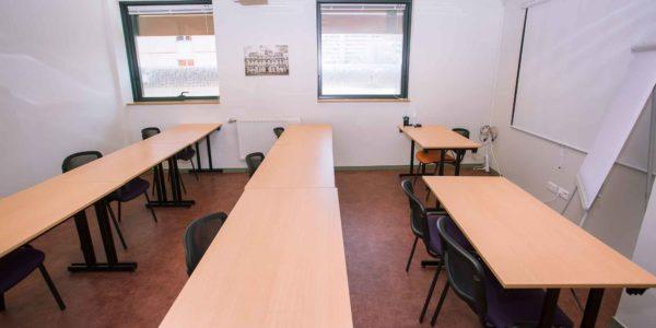 Salle de reunion disponible a Lyon part Dieu - Salle SYDNEY 7personnes